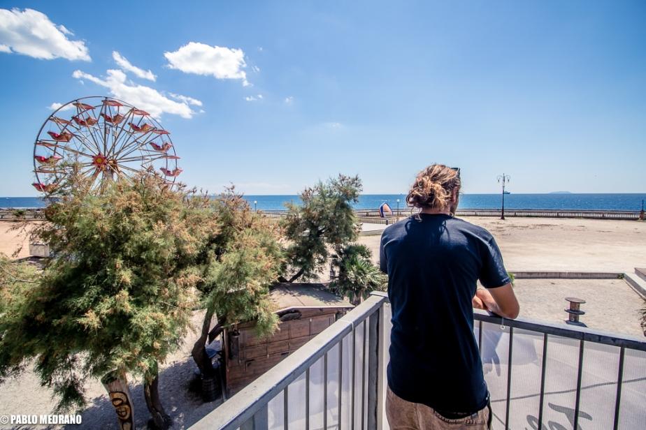 Tiki Room, Surfer Joe Diner, Seminarios yExposiciones