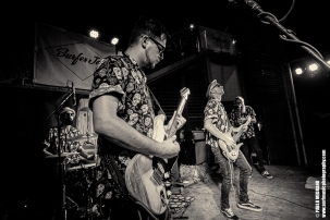 fat_tones_surfer_joe_pablo_medrano_surfmusicphotography-15