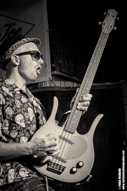 fat_tones_surfer_joe_pablo_medrano_surfmusicphotography-5